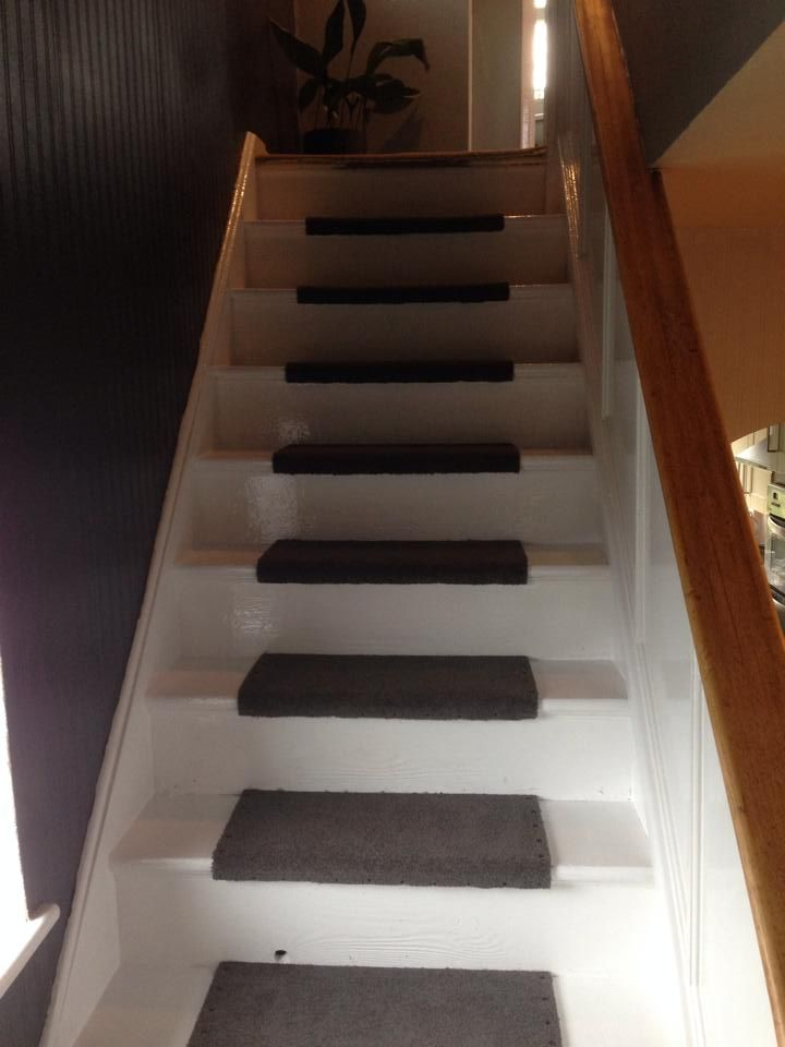 Ordinaire New Look For Tired Stairs...Gloss Paint And Half A Carpet Tile Pinned In  Place With Brass Upholstery Nails. The Tiles Wonu0027t Fray Like Carpet And If  One Ever ...