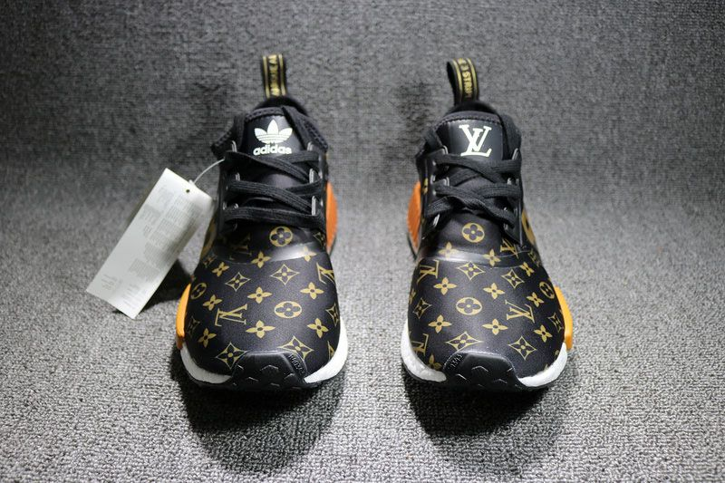 e5a87ffcde1 Supreme x Louis Vuitton x adidas NMD R1 sneakers men s running shoes BY3087