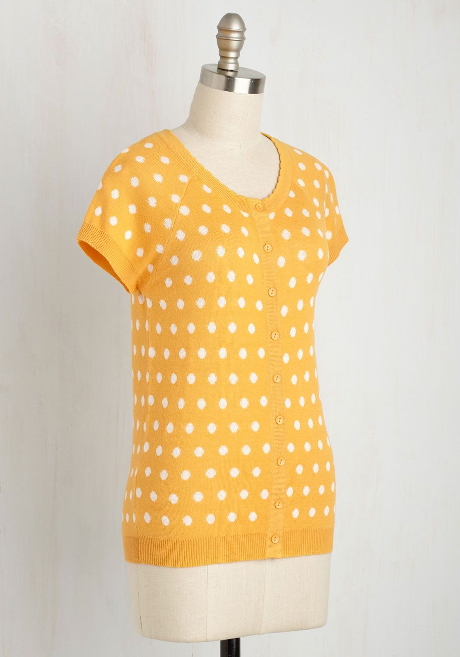 Just Thought I'd Author Cardigan in Saffron Dots. Wrapping up your writing contest entry in this short-sleeved cardi - part of our ModCloth namesake label - you breathe a sigh of relief. #yellow #modcloth