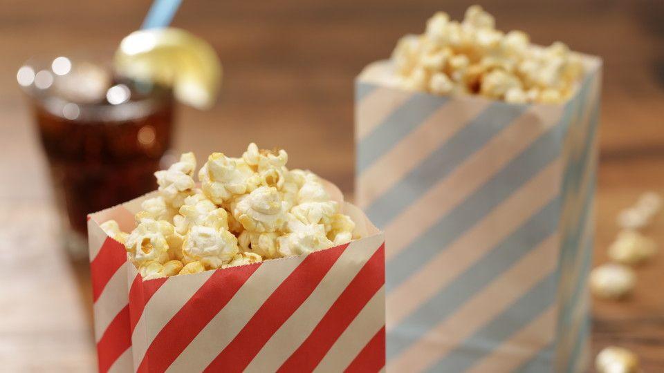 perfektes popcorn s in 2019 kochen pinterest. Black Bedroom Furniture Sets. Home Design Ideas