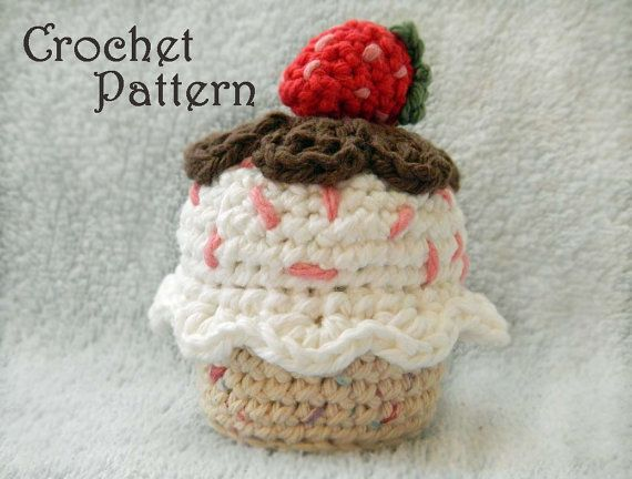 Crochet a yummy cupcake with my crochet food pattern!    **THIS LISTING IS FOR THE PDF CROCHET PATTER AND NOT THE FINISHED ITEM**      This