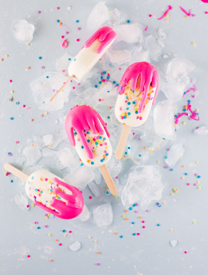 Why choose between breakfast and dessert when you can get both in these (mostly healthy) cake batter popsicles!