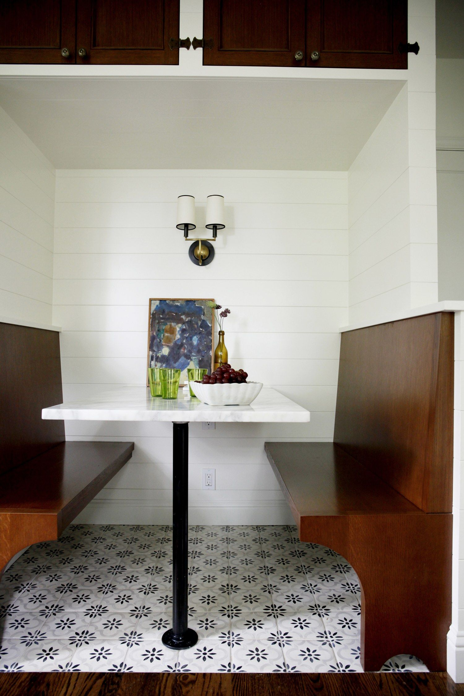 A Kitchen Renovation to Remind You That Nooks Are Always the Answer ...