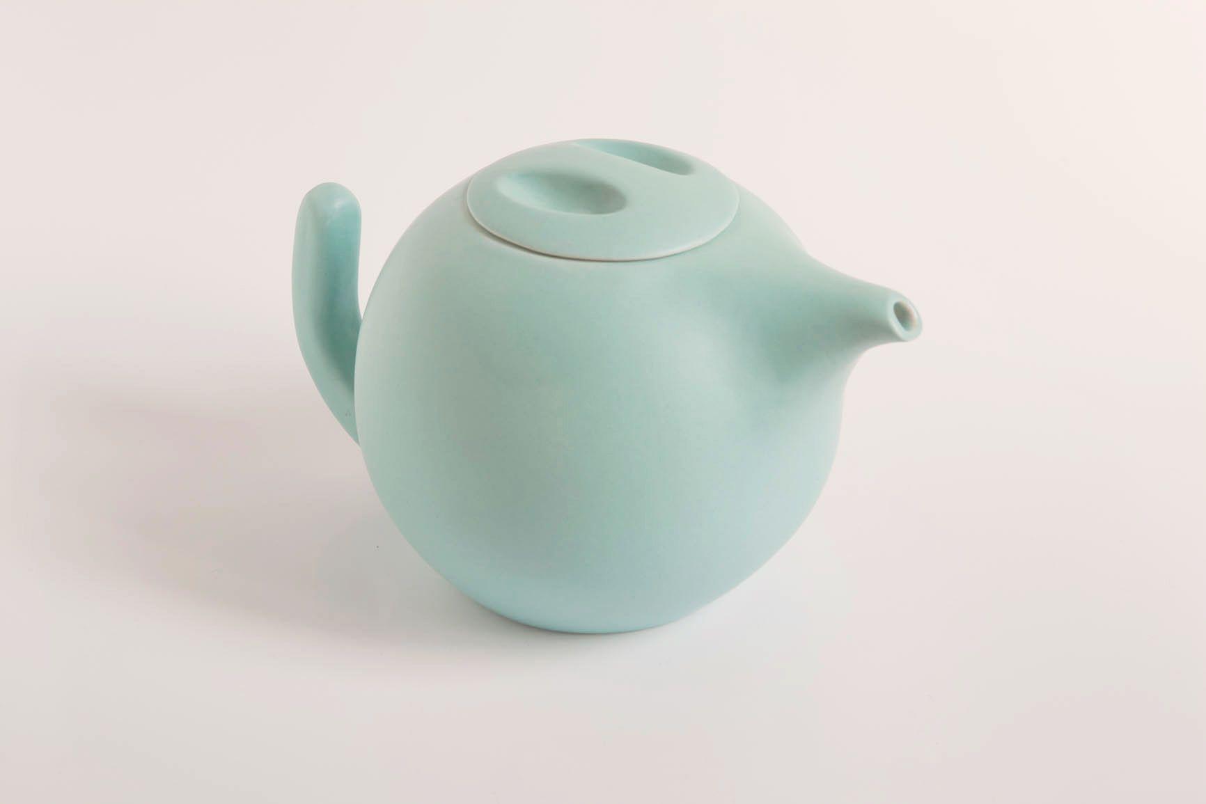 Ratona, tetera en color turquesa. Pretty teapot! www.tanata.es