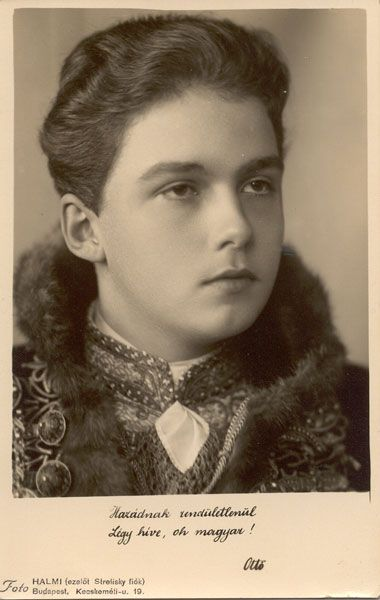 Archduke Otto as Hungarian King. (Private Archive)