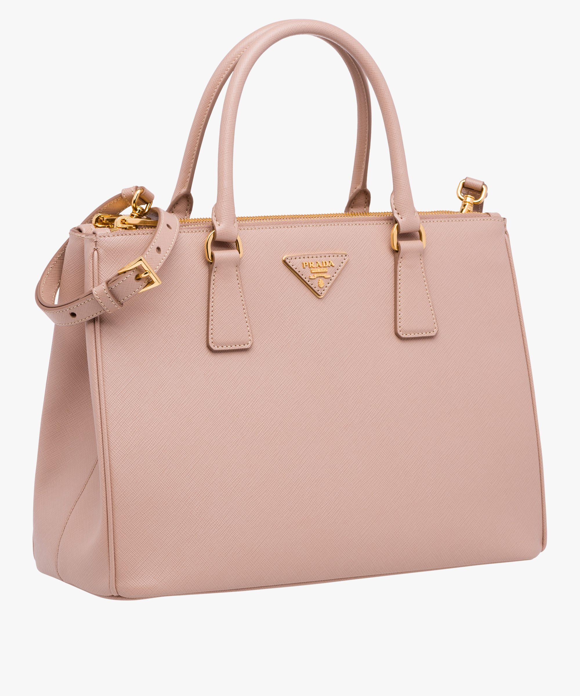 7675b7ce14b Galleria Saffiano leather bag in 2019 | Wishlist Handbags | Prada ...
