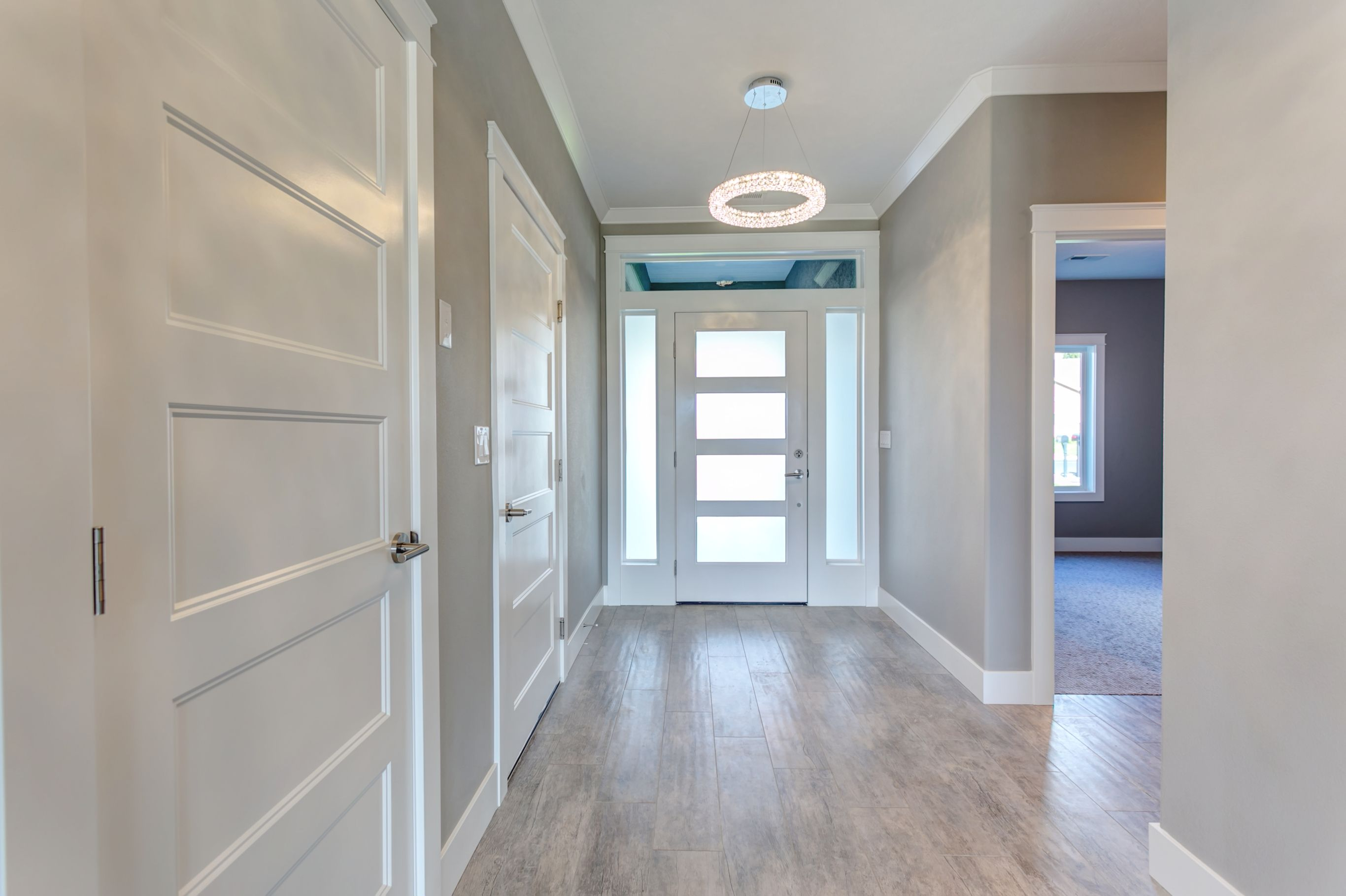 Wall color ozark shadows ac 26 from benjamin moore trim color high reflective white sw 7757 from sherwin williams