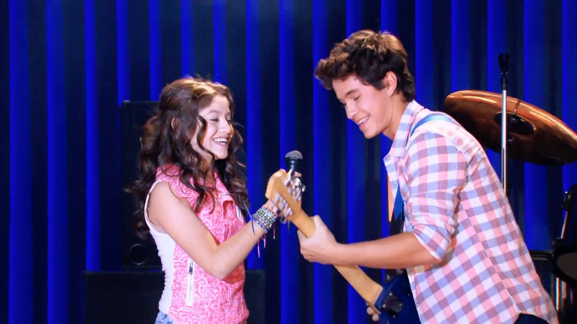 Soy Luna - Alas (Video Oficial) | musicals | Pinterest