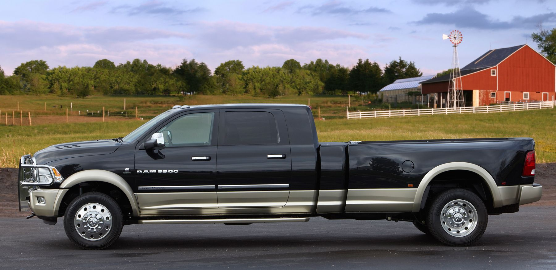 Dodge Ram 5500 Mega Cab Dually Long Bed W/ Grille Guard