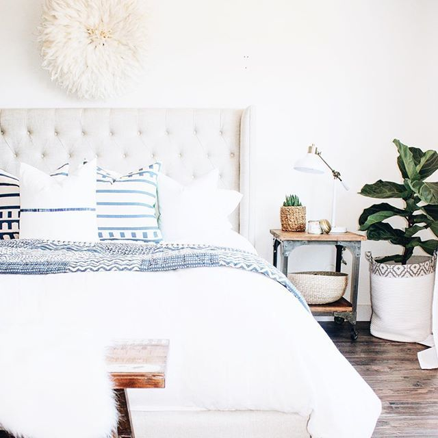 Micheles Bedroom: Beautiful White Room By @michelle_janeen