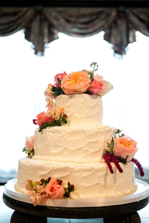 Garden Wedding Venue | Elegant Fall Stucco Wedding Cake ...