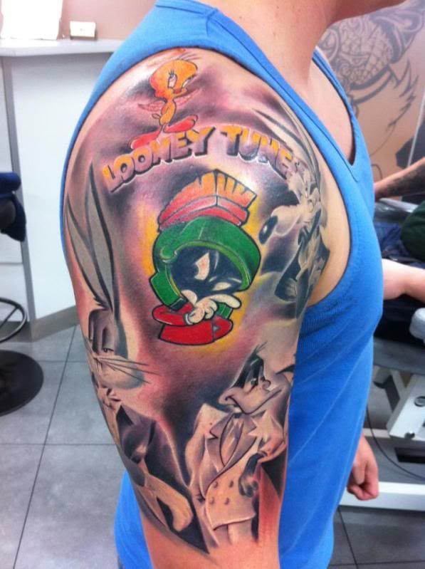 Looney Tunes My Favorite Cartoons Cartoon Tattoos Marvin The Martian Cartoon Character Tattoos