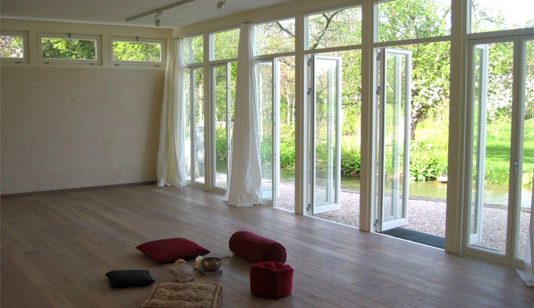 die ideale verbindung zu terrasse und garten komfortable. Black Bedroom Furniture Sets. Home Design Ideas