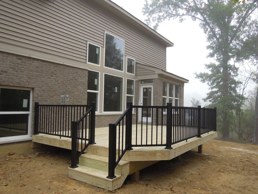 Best Pressure Treated Deck With Black Accents Google Search 400 x 300
