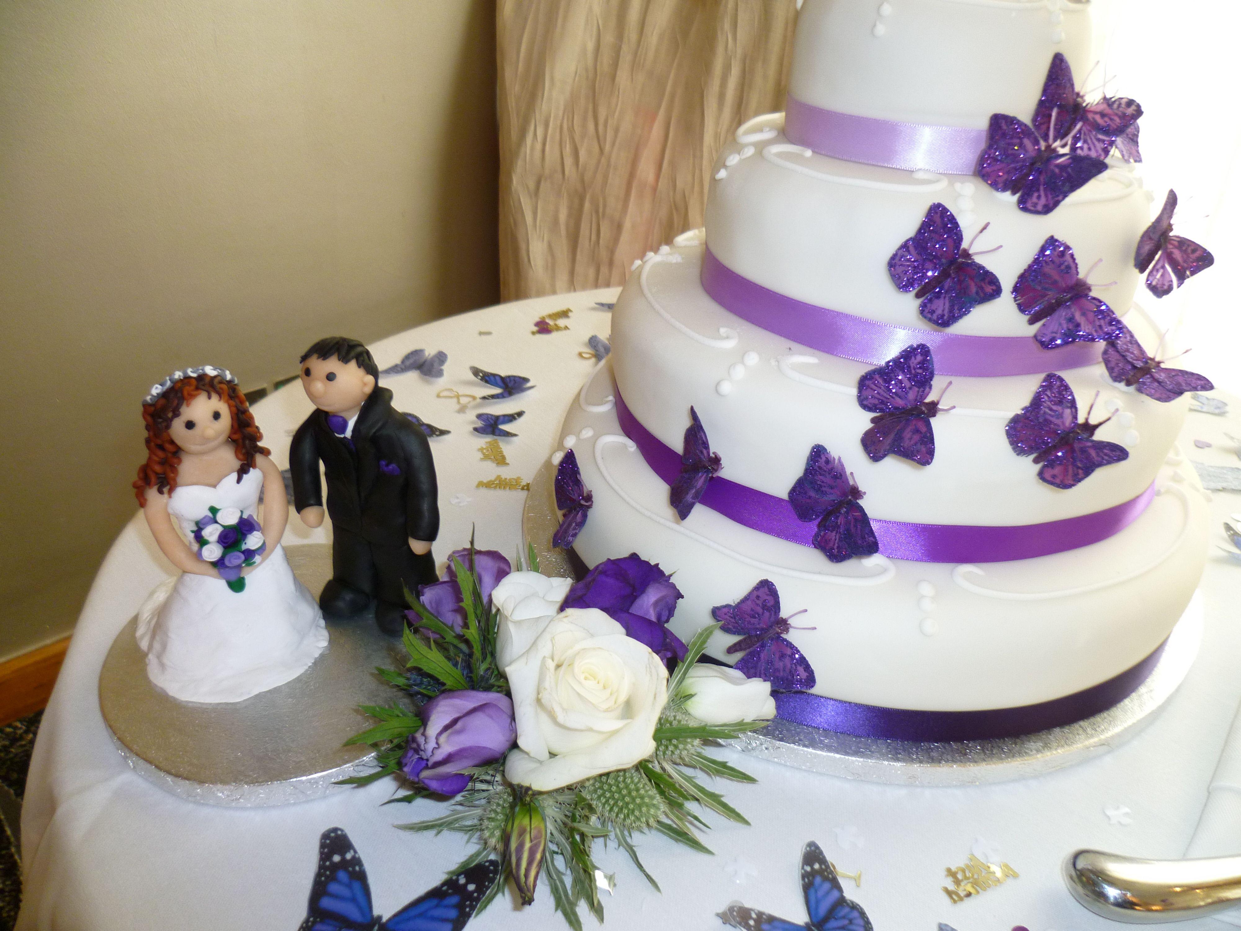 Wedding Cake Decoration Fruit Sponge Icing Ideas At The Pinewood Hotel Slough Berkshire