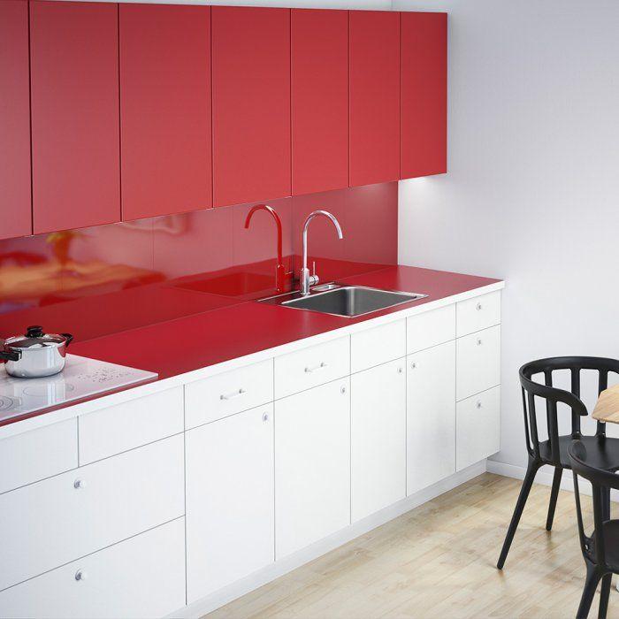 Cuisine Rouge 5 Bonnes Raisons D Y Succomber Cuisine Rouge Meuble Haut Cuisine Meuble Bas Blanc