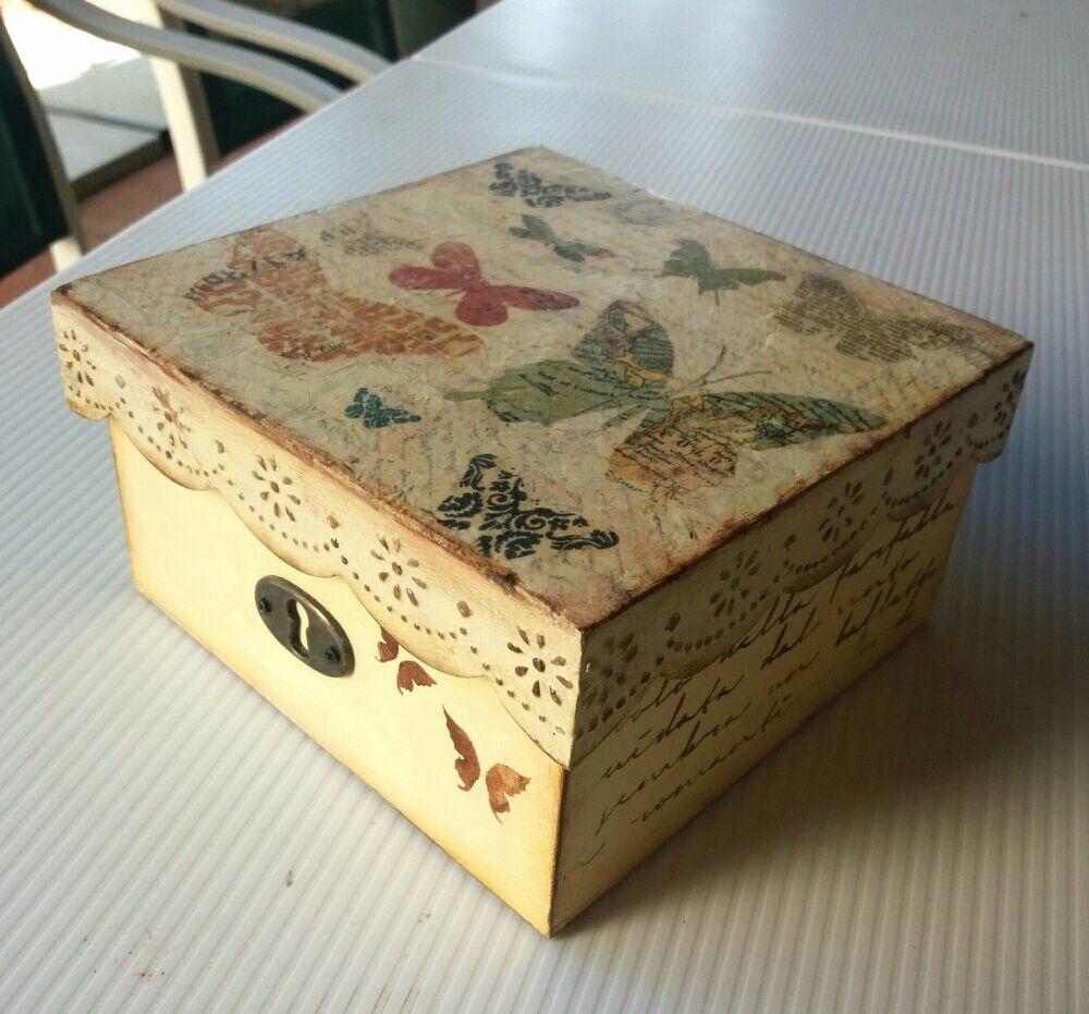 Caja de madera decorada con servilletas stencil y textura - Manualidades cajas madera ...