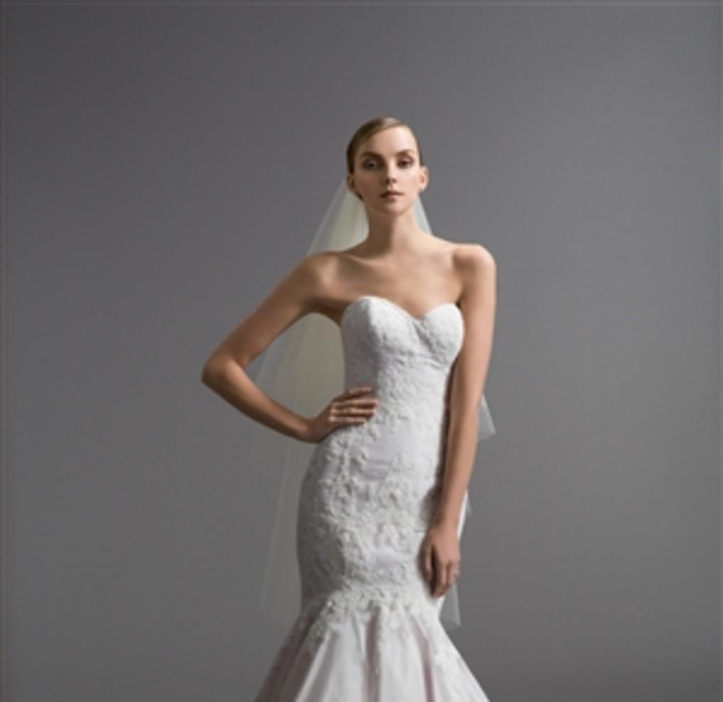 Designer Wedding Gowns, Lace Wedding Gowns - Mia Bridal Boutique ...