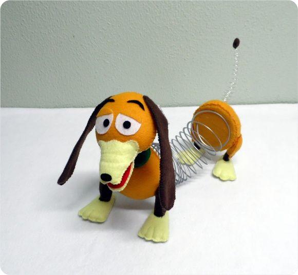 cachorro de mola toy and dolls