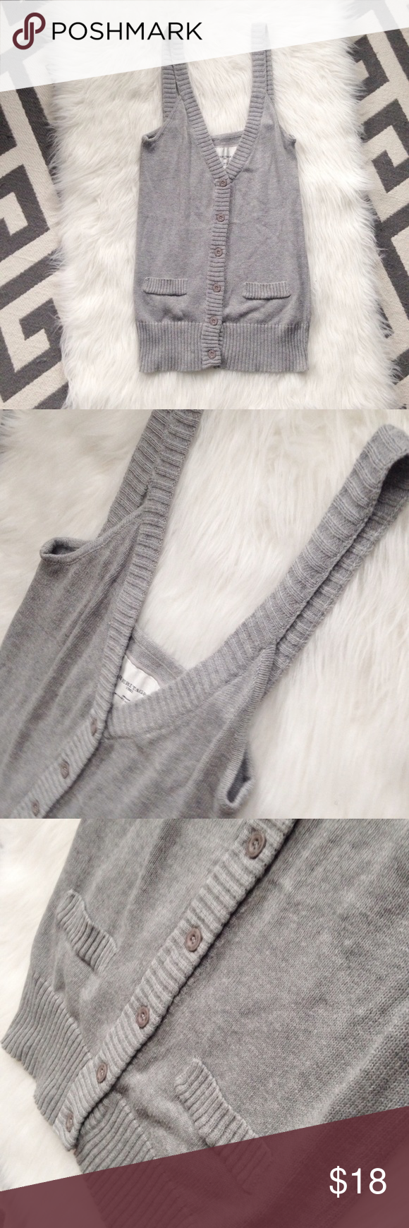 Heritage 1981 Top Gray sweater tank. Button front. Excellent condition. 💕 Heritage 1981 Tops Tank Tops
