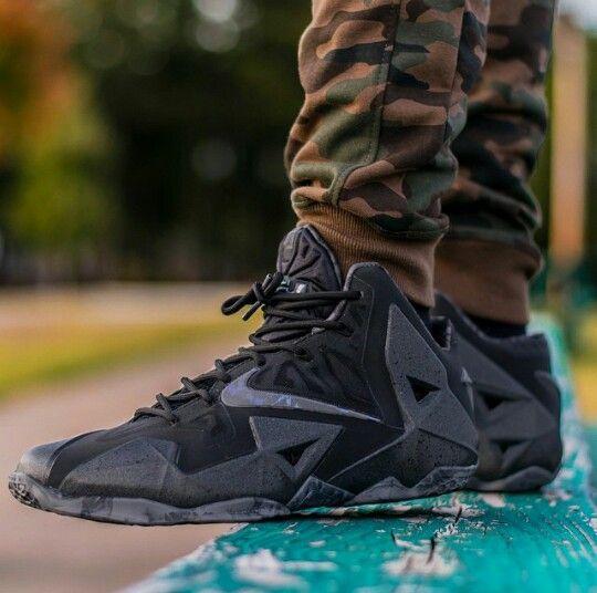 meet 46af2 2b13e Nike LeBron 11