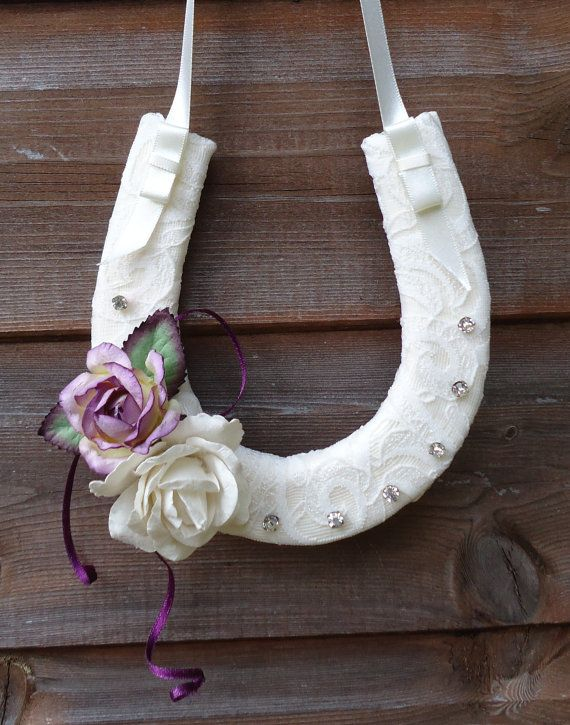 Just Married White Wedding Handmade Lucky Horseshoe Hanging Wooden Accessory with Light Pink Decoration