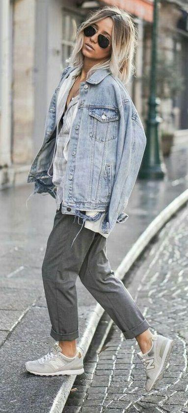 2b8eef074f7ad4 street style. casual. denim jacket. grey trousers. sneakers. | Girls ...