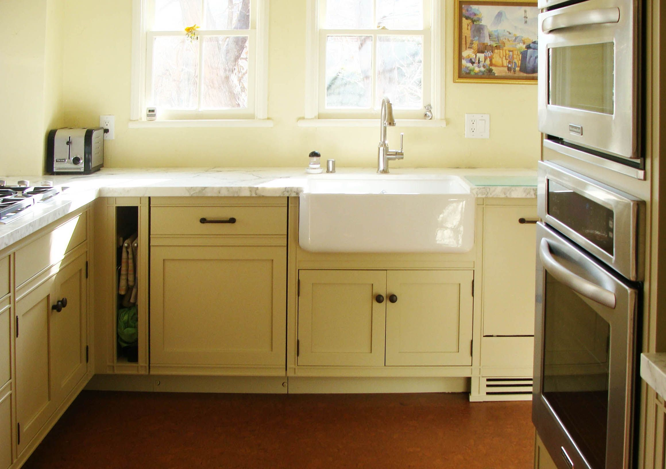 Squared Channel stock custom kitchen, finished in Natural