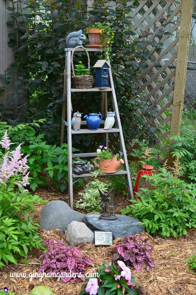 Garden Vignettes Using Flea Market Finds - Gingham Gardens
