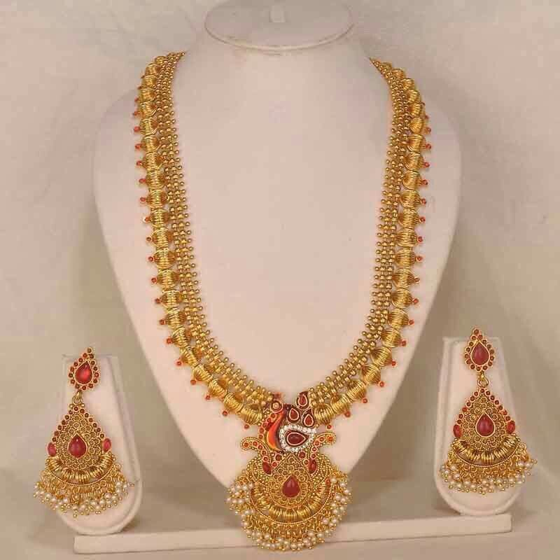Beautiful South Indian Long Necklace Set jewelry | South Indian ...