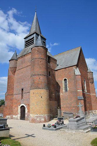 Eglise Saint-Martin (église fortifiée) .Burelles (Aisne - Thiérache) - Picardie