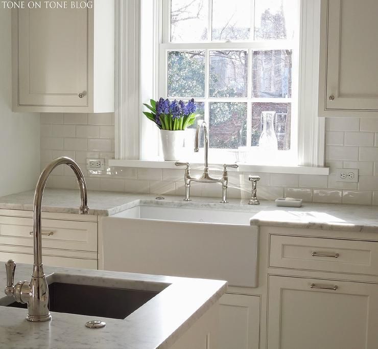 Kitchen with White Apron Sink - Transitional - Kitchen