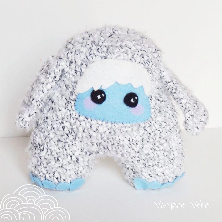 Doudou Yeti au crochet, Doudou, Doudou au crochet, Doudou monstre / Crocheted yeti, Softie, Amigurumi yeti, Stuffie, Crochet monster, Softie monster