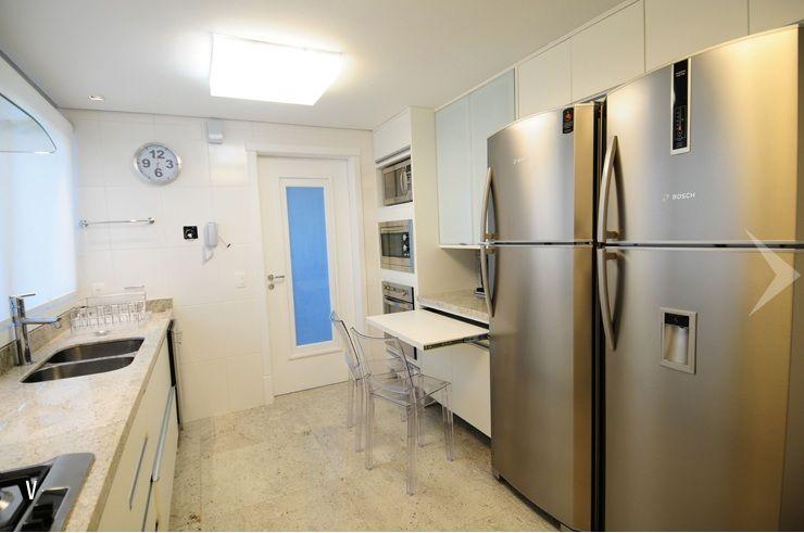 Cozinha + 2 geladeiras+ mesa retrátil