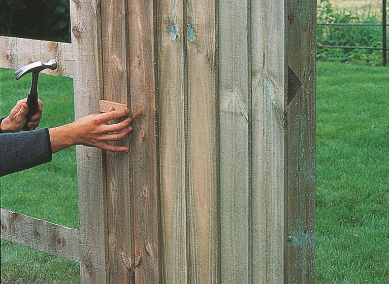 How To Put Up A Fence Help Ideas Diy At B Q With Images