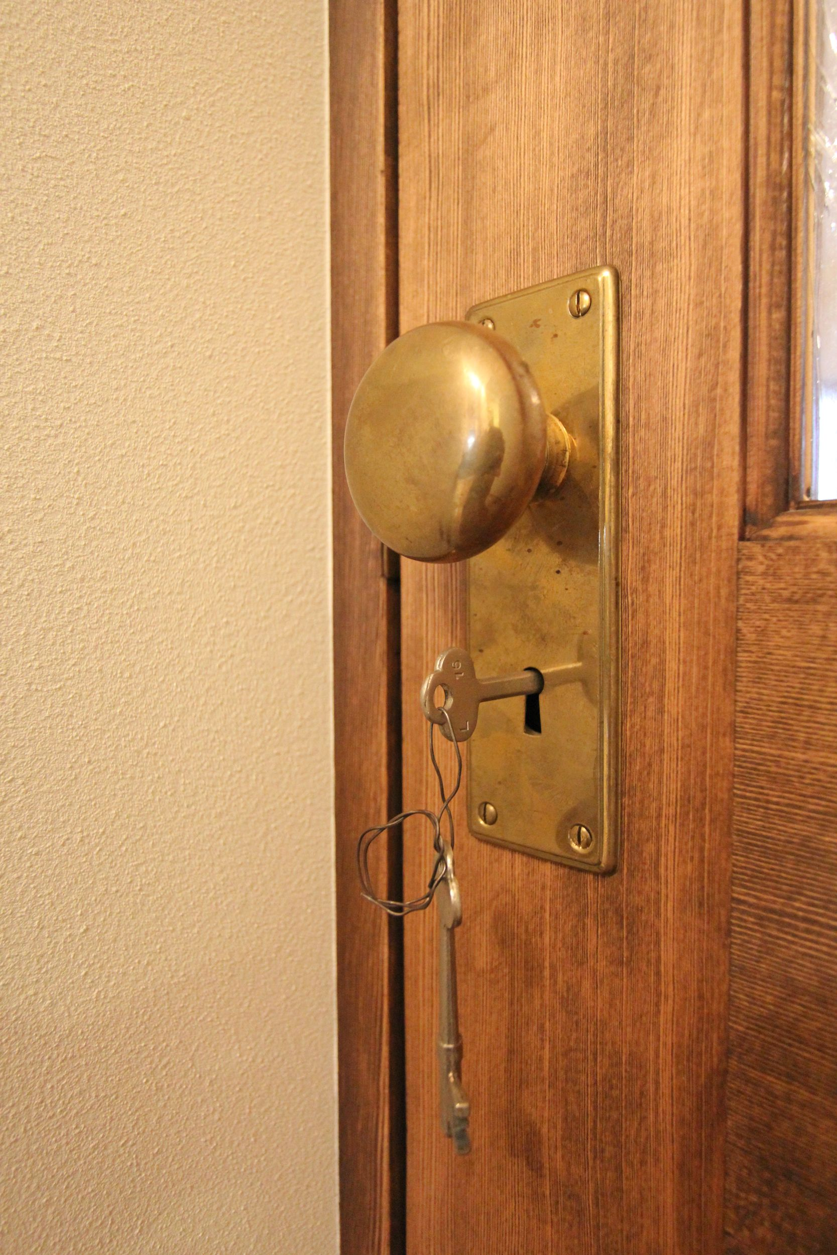 Door 扉 ハンドル 塗装 ガラス リノベーション リフォーム フィールド