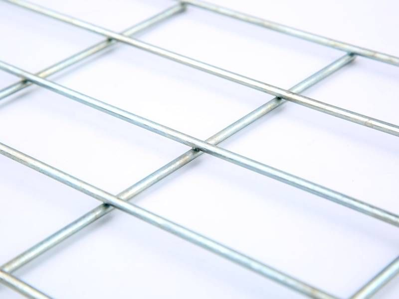 This is a galvanized welded wire mesh panel with rectangular mesh ...