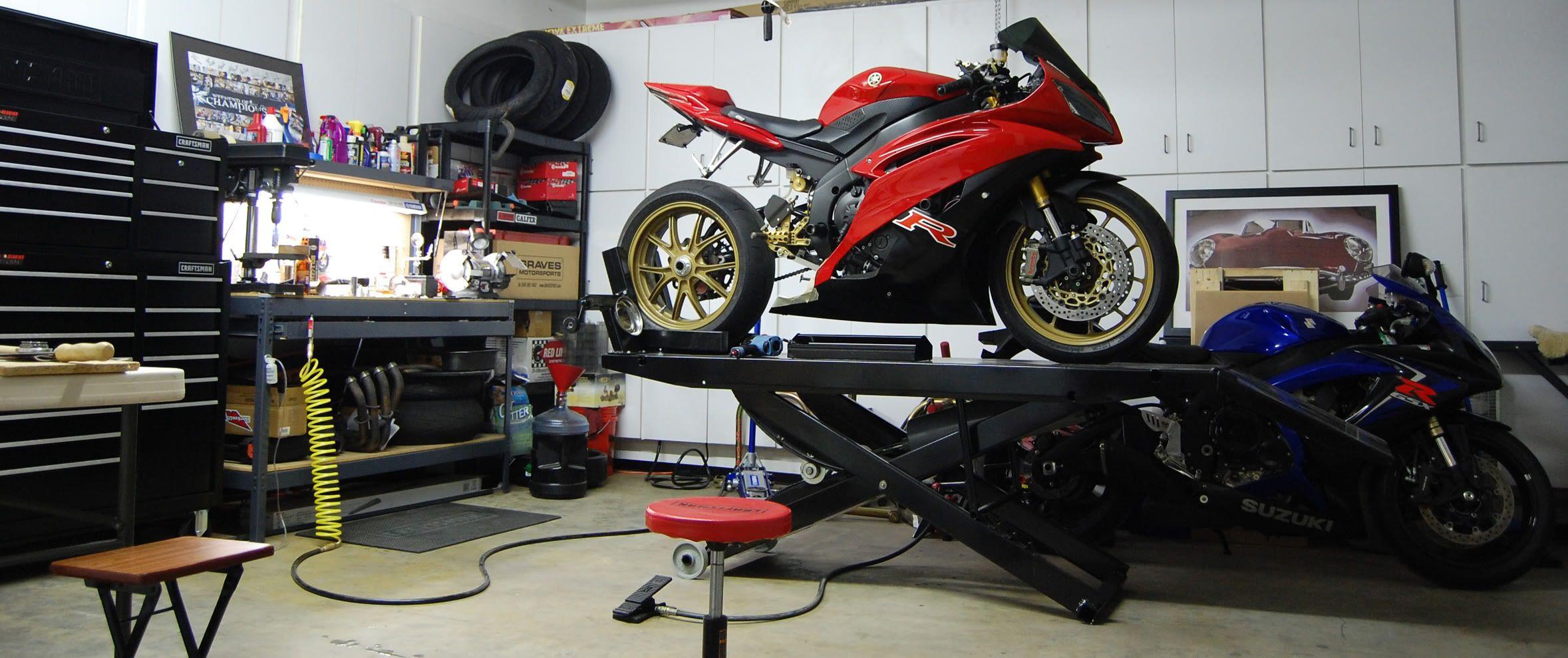 Motorcycle dream garage pesquisa google bike shop for Garage custom moto