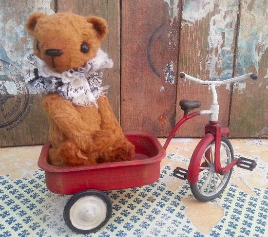 ETTORE By The Tuscany Bear Maker - Bear Pile