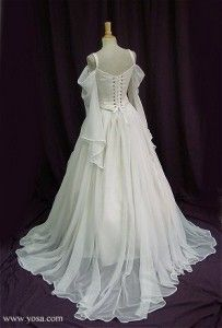 Renaissance style wedding dresses silks and velvets the for Period style wedding dresses