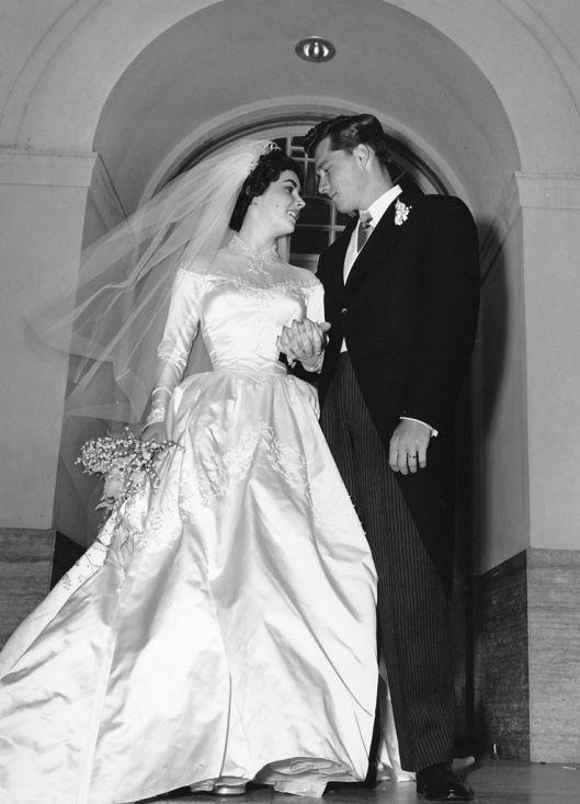 Boda Elizabeth Taylor y Conrad Hilton Jr. - Helen Rose (1950) | Liz ...