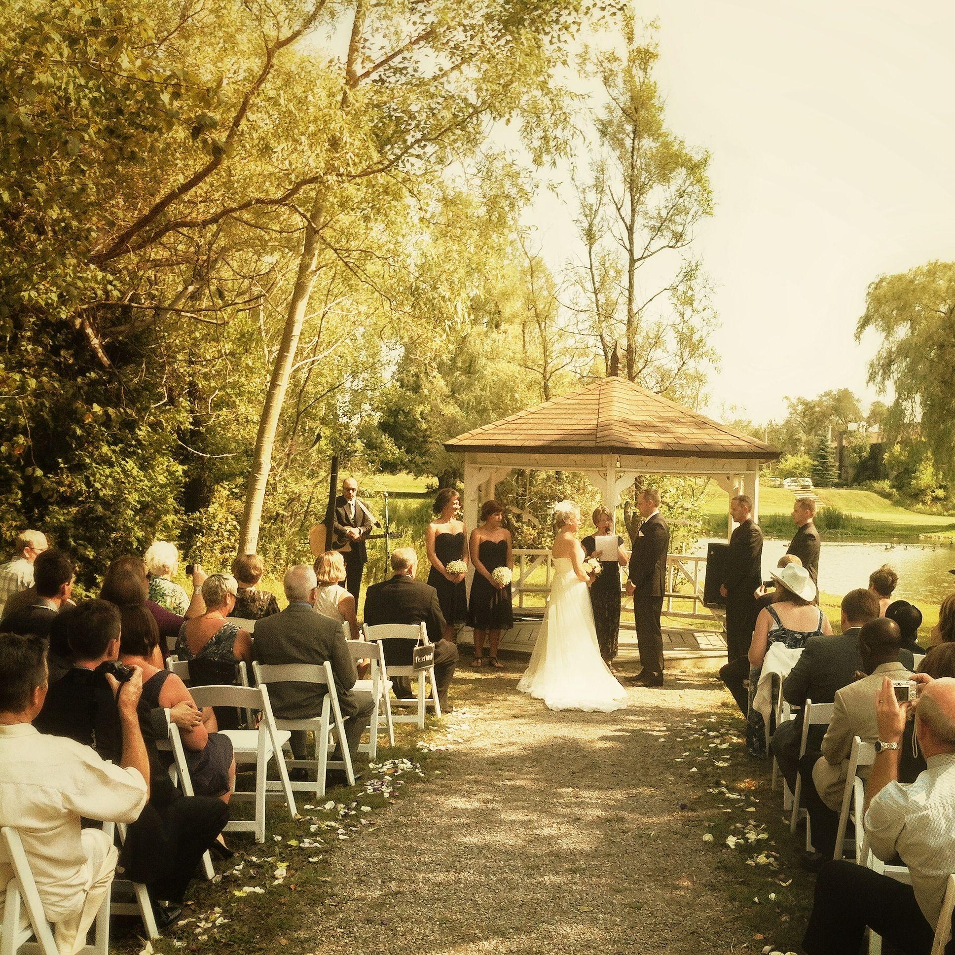Outdoor Wedding at the Aberfoyle Mill - Aberfoyle Wedding Photgraphy