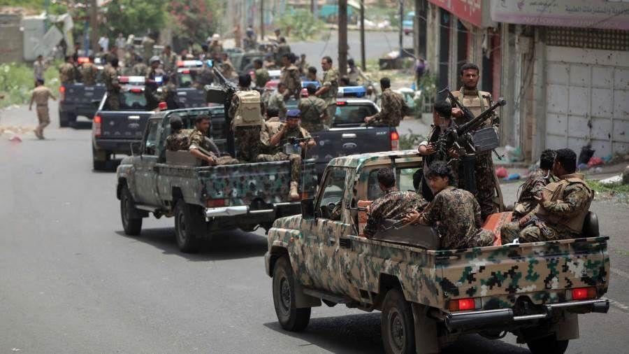 القوات الحكومية تصد هجوم حوثي جديد غربي تعز Monster Trucks World Vehicles