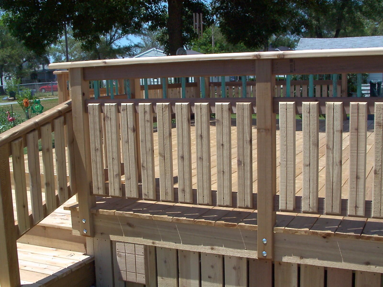 13 Simple Wood Deck Ideas Featuring Green Railings Deck