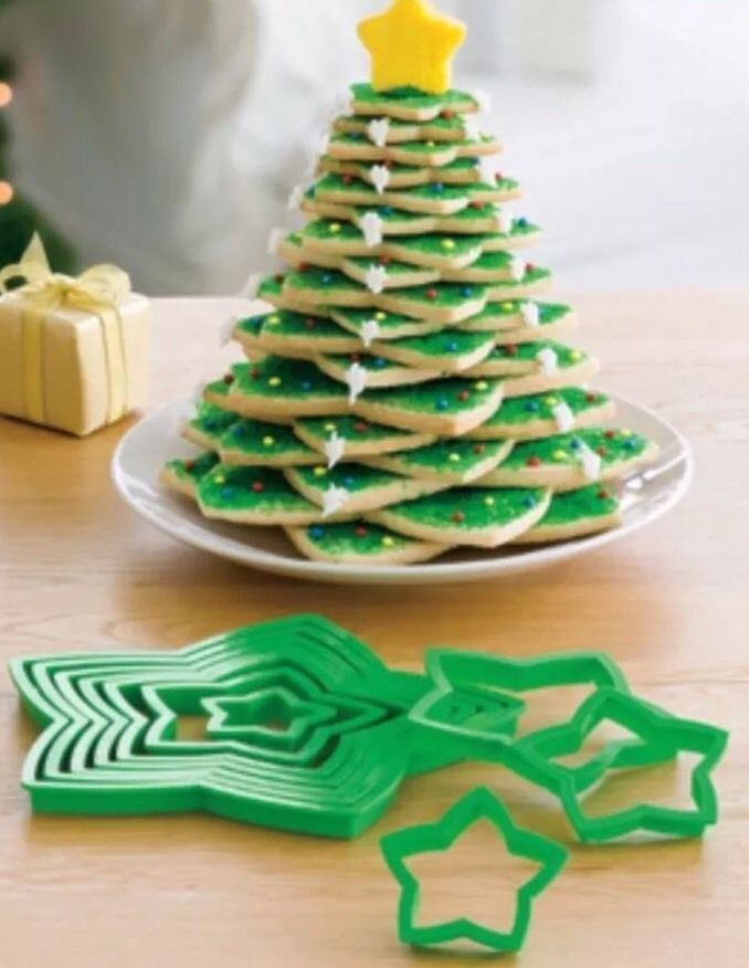Avon Star Cookie Cutter Set Graduated Sizes Stack To Make A