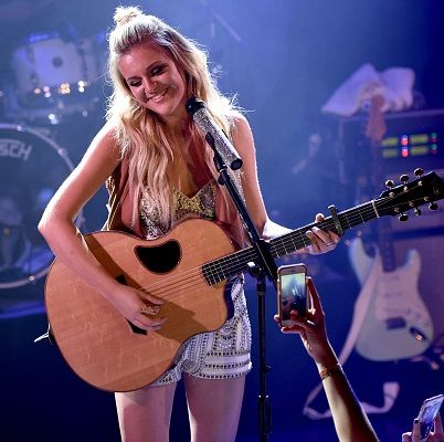 Kelsea Ballerini is going to make a new album in 2016... get all the details here. #iHeartCountry