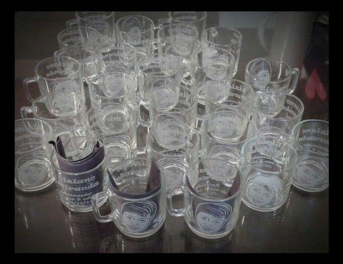Souvenirs tazas grabadas con rostro!