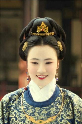 ming dynasty hair and makeup traditional clothing of