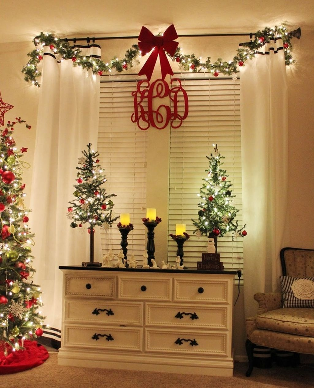 Bon 65 Inspiring Apartment Christmas Decoration On A Budget