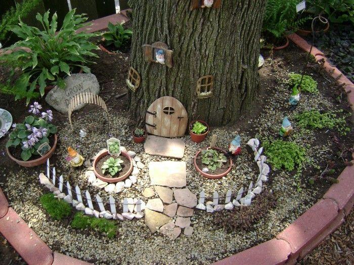 Gnome In Garden: Beautiful Gnome Garden Ideas